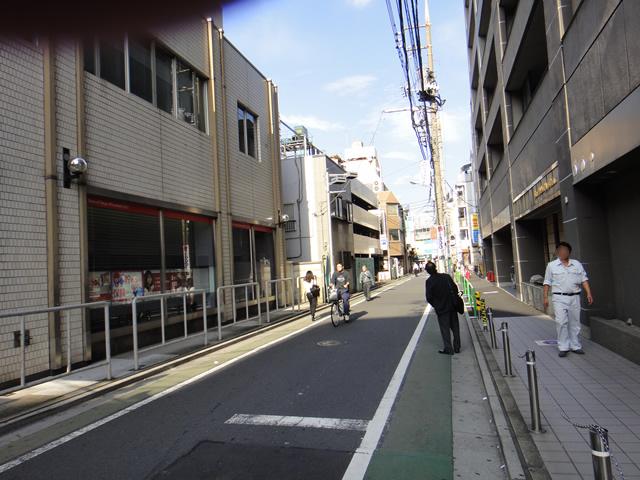三菱UFJ銀行横
